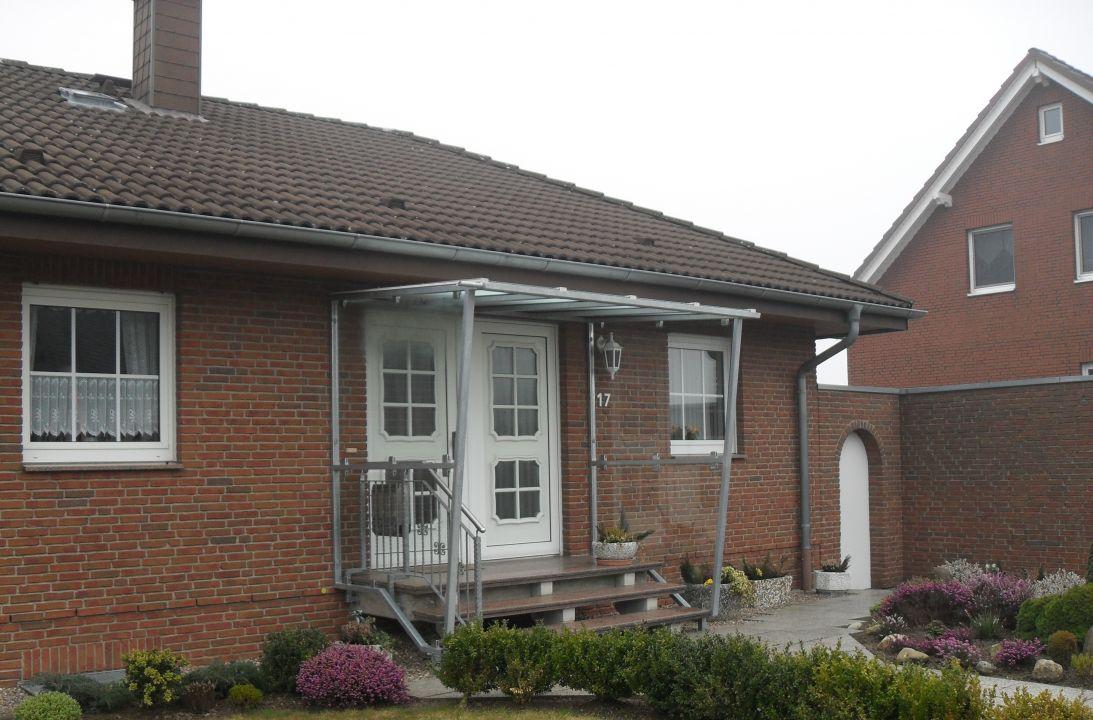 berdachungen f r eingang balkon terrasse. Black Bedroom Furniture Sets. Home Design Ideas
